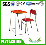 La moda de un diseño simple mobiliario escolar estudiante escritorio y silla (SF-28S)
