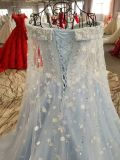 Линия с платья вечера венчания цветка сини неба плеча