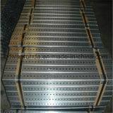 Quadrato galvanizzato che infila tubo/tubo perforato