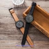 남자 N 숙녀 (WY-17012A)를 위한 주문 로고 석영 시계 형식 손목 시계