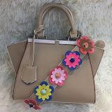 Bolsas novas por atacado das senhoras da forma do saco de ombro do produto das mulheres a preço da fábrica de Guanghzhou com a cinta colorida Sh163 da flor