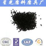 El coco el carbón activado para purificación de agua pura