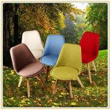 Freizeit-Garten-Stühle (roter PU-Deckel und schwarze hölzerne Beine)