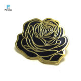 Pin bianco nero del risvolto del fiore della Rosa dello smalto di Kunshan Pinstar