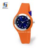 Logotipo personalizado OEM Relógios de quartzo analógico de silicone com Bright Sunray Discar