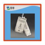Arte personalizado ropa Hangtag de papel con una cuerda