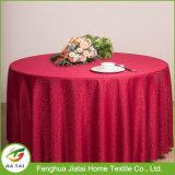 Tissu de table brodé à la broderie en polyester à bas prix