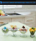 明確な足のガラスアイスクリームのデザートの皿ボールのコップ