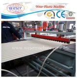 Largeur 1220 mm Ligne de production de plaque d'onde en PVC