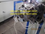 Hohe Präzisions-Plastikverdrängenmaschinerie für das Produzieren der medizinischen Rohrleitung