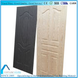 La hoja de la puerta de la madera contrachapada con madera oscura chapeó