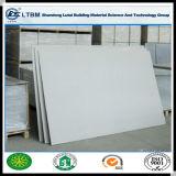Panneaux blancs de la colle de fibre de mur de couleur