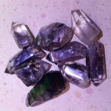 Punti di cristallo fantasma verdi naturali