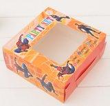 Caja de embalaje del juguete con la ventana