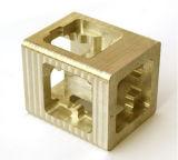 Laiton de haute précision partie par l'usinage CNC pour les machines