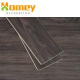 Le revêtement UV chercher du bois Cliquez sur plancher en vinyle PVC étanche