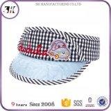 Ricamo superiore e protezione divertente Appliqued di sport della protezione della visiera di Sun dei capretti di marchio per i bambini