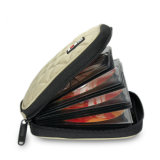 La cubierta CD de la tela cruzada de la carpeta del CD/DVD de la casa del coche de la capacidad del disco del profesional 32 de VCD protege almacenaje lleva el bolso