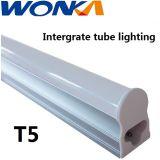 LED integrado en el diseño de tubo T5 con el rendimiento regulable