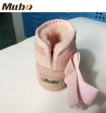 Cargador del programa inicial australiano puro de la nieve del bebé de la zalea con suavemente la planta del pie