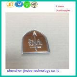 Изготовленный на заказ Nameplate стола легирующего металла металла имени логоса бирки металла размера