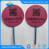 Kundenspezifischer Reklameanzeige-Gebrauch-Plastikhandventilator mit Stock-Griff
