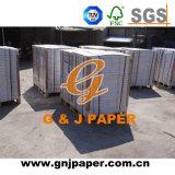 Equipo de papel autocopiativo Papel de impresión utilizado en la producción de formulario continuo