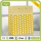 Sac de papier de cadeau de jouet de vêtement de jaune de configuration de POINT de polka