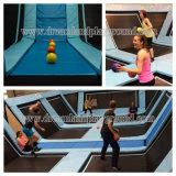 Parque/patio adultos comerciales del trampolín de la fábrica del Dreamland con baloncesto
