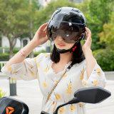 Pode ser personalizado Four Seasons Capacete Moto Capacete Carro de bateria para homens e mulheres