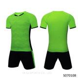 黒い制服良い品質サッカージャージー制服顧客プリントサッカージャージー制服プレーンブランクジャージーサッカー