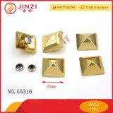 Haute qualité Divers Type Taille Pyramide Décoration Rivet et Vis