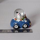 Globo Shaped de la nieve del coche azul de la resina del muñeco de nieve de la Navidad del OEM para Deco