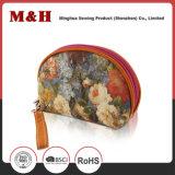 A forma colorida portátil ensaca o saco do cosmético do saco da composição