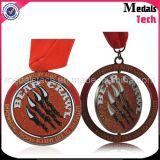 Caminata de encargo del giro de metal del níquel antiguo y medallas funcionadas con