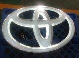 o costume 4s impermeável padrão que galvaniza o diodo emissor de luz acrílico ilumina o sinal do logotipo do carro