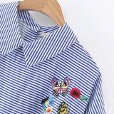 方法女性の縞の火炎信号の袖の刺繍のベビードールのブラウス