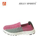 新しい方法余暇様式の女性の女性のための多彩な織り方の靴