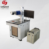 De roterende UVLaser die van het Apparaat Machine voor Delen Cylinderical merken