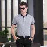 人の衣服のための印刷されたポルカドットのポロシャツ