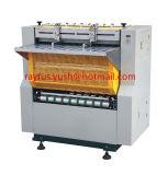 La alimentación automática de la hoja de papel que pega la máquina