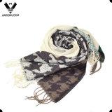 普及した新しいデザインHoundstoothのパターンによって編まれる編むスカーフ