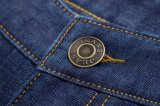 D821熱い人の冬のズボンはデニムのジーンズを暖める
