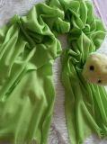 カシミヤ織のスカーフ