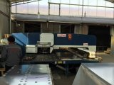 Torre de CNC Máquina de perfuração com serviço ultramarinos gratuitamente