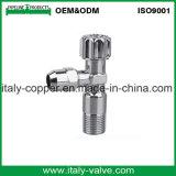 Válvula de ángulo cromada latón de pulido de la calidad de OEM&ODM (AV3025)