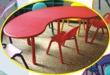 Ensembles de tableaux de plats et de chaises en plastique à prix réduits (HLD-2303)