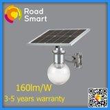 Luz de calle solar integrada elegante del jardín del LED con el panel solar ajustable