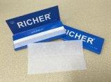 Más rico de grado superior a 20 gramos 1-1/4 Tamaño del papel de fumar cigarrillos vertical