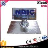 L'émail doux de métal personnalisée en usine de la broche des insignes pour cadeaux promotionnels